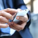 I »gamle dage« anbefalede Beredskabsstyrelsen, at man altid havde en batteridrevet radio rede i sit hjem - i tilfælde af omfattende katastofer kunne man få information fra denne. Men grundet den teknologiske udvikling, anbefaler styrelsen nu i stedet,at man har sin smartphone på rede hånd.