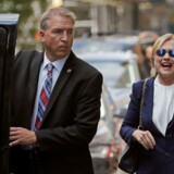 Den demokratiske præsidentkandidat Hillary Clinton fik søndag et ildebefindende i forbindelse med en ceremoni for ofrene efter terrorangrebet 11. september for 15 år siden. Hun mistede balancen, men besvimede ikke, har hun selv fortalt om epsioden.