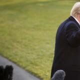 Præsident Donald Trump kan endelig fejre sin første store lovgivningsmæssige sejr i Kongressen. / AFP PHOTO / JIM WATSON