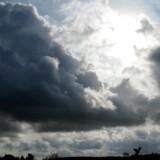 Sol kommer der ikke meget af i denne uge, men temperaturen kan få et lille nøk opad. Free/Www.colourbox.com/arkiv