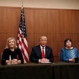 Tre af de fire kvinder anklager Bill Clinton for seksuelt overgreb. Fra højre til venstre Paula Jones, Kathy Shelton, Juanita Broaddrick, Kathleen Willey.