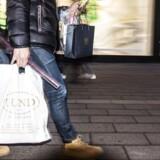 Danskernes lyst til forbrug er bremset lidt op.