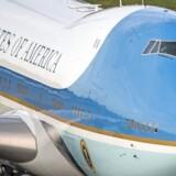 Præsident Donald Trump måtte nøjes med de gamle køleskabe, da Air Force One tidligere på ugen bragte ham til Schweiz. Foto: Christian Merz/EPA