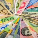 Dollar presses af en række andre valutaer herunder euro, pund og yen. Foto Iris.