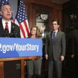 Republikaneren Tim Murphy, her flankeret af partifæller, taler gerne dunder mod abort i offentligheden. Men privat er det en anden sag. Arkivfoto: Jonathan Ernst