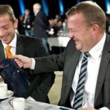 På Venstres landsmøde i 2013 (billede) italesatte Lars Løkke Rasmussen (V) det for alvor som sit politiske projekt, at det for flere danskere skal kunne betale sig at tage et lavtlønsjob frem for at modtage offentlig forsørgelse. Tirsdag præsenterede Venstres næstformand, finansminister Kristian Jensen, så en skattereform, der har til hensigt at få flere fra kontanthjælp i job.