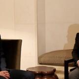 Trumps toprådgiver og svigersøn, Jared Kushner, mødte tirsdag Jordans kong Abdullah (t.h.) i Amman. Et planlagt møde med Egyptens udenrigsminister onsdag er aflyst, efter USA meddelte, at det vil skære i militærstøtten til Egypten. Scanpix/Yousef Allan