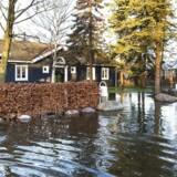 Stormen Urd ramte i første omgang Danmark den 27. december (på billedet i Jyllinge). Men Urd fortsætter her i det nye år med at give trussel om stormflod