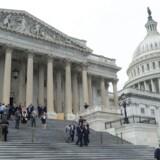 Den amerikanske kongres drøfter fortsat lukningen af regeringen. / AFP PHOTO / NICHOLAS KAMM