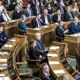 At flytte de tre uafhængige institutioner, der alle hører under Folketinget, er ikke gennemtænkt, mener Hanne Foss Hansen, som er professor i statskundskab ved Københavns Universitet.