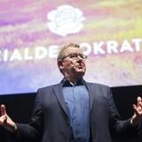 Tidligere statsminister Poul Nyrup Rasmussen (S) holder tale under præsentationen af udkastet til Socialdemokraitets nye principprogram i ODEON i Odense.