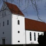ARKIVFOTO af kirke i Hedehusene. I Gislinge Kirke på Vestsjælland slog sognepræsten forleden dørene op til dyretelepati