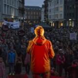 Anders Bondo Christensen, formand for DLF, holdt tale torsdag den 22. marts 2018, da fagforeningerne demonstrerede i forbindelse med overenskomstforhandlingerne på Store Torv i Århus.. (Foto: Mathias Svold/Scanpix 2018)