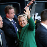 U.S. Democratic presidential candidate Hillary Clinton waves as she arrives for a meeting with Israel's Prime Minister Benjamin Netanyahu at a hotel in New York, U.S. September 25, 2016. REUTERS/Carlos Barria