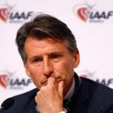Sebastian Coe (tv.) lover at gøre alt for at sikre sikkerheden for atleterne efter hackerangreb. Reuters/Leonhard Foeger