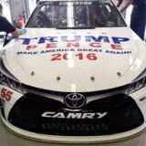 NASCAR-køreren Reed Sorenson brugt i november sin racerbil som reklamesøjle for Donald Trump og Mike Pence. Skæbnens ironi vil, at han kørte... Ja, Toyota.