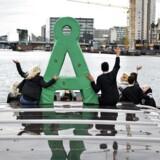 Alternativet fester på Papirøen med Uffe Elbæk og med Uffe Elbæk på Havnerundfart.