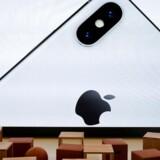 Apple vil fra 2019 udstyre alle nye iPhone-telefoner med glasklare OLED-skærme. Arkivfoto: Elijah Nouvelage, Reuters/Scanpix