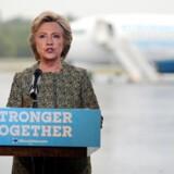Demokraternes præsidentkandidat talte ved et pressemøde mandag 19. september i en lufthavn i White Plains, New York.