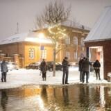 Vandet er gået over sine bredder ved Svendborg Havn, og sydfynske borgere melder, at vandstanden stiger hurtigt onsdag aften.