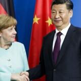 Merkel har onsdag holdt møde med Xi om blandt andet handel og et styrket samarbejde. Efter mødet gav kansleren udtryk for, at målet på sigt er en omfattende frihandelsaftale med Kina.