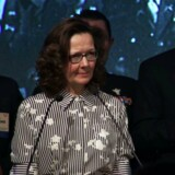 Gina Haspel taler ved et middagsselskab i Washington. AFP PHOTO