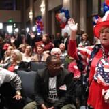 Det amerikanske præsidentvalgt var påvirket af russiske hackere, slår en ny rapport fast. AFP PHOTO / JIM WATSON