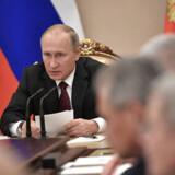 Den russiske præsident Vladimir Putin afviste i sidste uge igen beskyldninger om russiske forsøg på at påvirke det amerikanske præsidentvalg sidste år. »Det er altsammen opfundet af Trumps fjender,« sagde Putin.