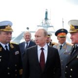 Vladimir Putin ventes at tale ved den arktiske konference i den russiske by Arkhangelsk, hvor Anders Samuelsen (LA) også har meldt sin ankomst.