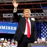 Donald Trump lover sine vælgere at få europæerne til at betale både for sikkerhed og for handelsunderskud ved et møde i Great Falls Montana, 5. juli 2018. REUTERS/Joshua Roberts