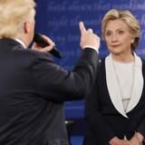 Donald Trump var rigtigt i sit es under aftenens debat mod Hillary Clinton, men spårgsmålet er, om hans es er et trumfkort.