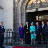 Dronning Margrethe med den tyske præsident Joachim Gauck (til højre for Dronningen) foran Wittenberg kirken.