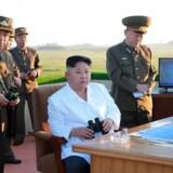 Det ballistiske missil affyret af Nordkorea mandag fløj mod øst og ramte et planlagt mål, oplyser Nordkorea efter våbentesten. Arkivfoto distribueret, som det er modtaget af det franske nyhedsbureau AFP.
