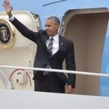 Præsident Barack Obama er på vej med Air Force One til Jerusalem, hvor Israels tidligere premierminister og præsident Shimon Peres begraves fredag.