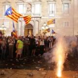 Til trods for en hurtig og hård reaktion fra Madrid blev uafhængighedafstemningen fejret i Barcelona.