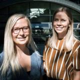 Emilie Bruun Poulsen (tv.) og Marie-Louise Reade Lomholt har sammen etableret virksomheden Valøur. De vil producere interiør ud fra FNs Verdensmål, men har brug for penge til at få produceret prototyper af deres første kollektion. De mange CBS-studerende, der driver en startup ved siden af studiet, kan nu få starthjælp hos den nystiftede forening CBS Startup.