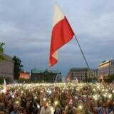 Modstandere af den polske regerings justitsreformer protesterede søndag i Poznan.