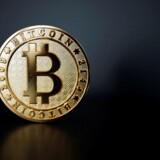 Bitcoin i rekord trods split - dollar svækket