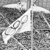 OL-flaget var på halvt 6. september 1972 under mindehøjtideligheden for ofrene for terrorangrebet i München.