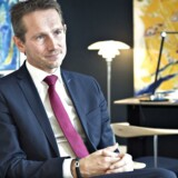 Udenrigsministeren har skrevet ny bog, som nu bliver tolket som et nyt forsøg på at positionere sig til at blive Venstres næste formand.