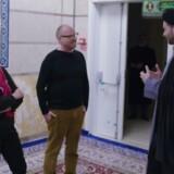 I DR-programmet »Langt fra Borgen« var Pia Kjærsgaard (DF) på besøg i en dansk moské. Det har hun aldrig før været, og som hun selv sagde i programmet: »Det er jo heller ikke noget, som jeg er speciel tilhænger af«. Fotoet er et stilbillede fra udsendelsen »Langt fra Borgen: Er danskheden truet?«, der blev sendt torsdag 24. november.