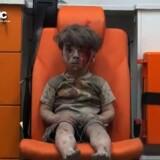 Den femårige syriske dreng Omran Daqneesh er blevet et af ansigterne på de lidelser og grusomheder, der finder sted i Syrien. Nu tager FN skridt mod at stille nogle af de skyldige til ansvar. Scanpix/Ho