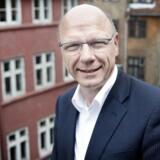 Christian Høgsted Høm anbefaler at holde afkastet oppe ved at undgå obligationer og sprede investeringerne over flere aktivtyper.
