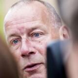 Tidligere chefredaktør på Se og Hør, Kim Henningsen, ankommer til afhøring i Se og Hør-sagen om tys tys-kilden i Retten i Glostrup mandag d. 19. september 2016. (Foto: Uffe Weng/Scanpix 2016). (Foto: © Uffe Weng/Scanpix 2016)