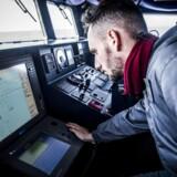 Edoardo Anedda er kaptajn i det italienske svar på bagmandspolitiet, Guardia De Finanza, der spiller en vigtig rolle i Italiens og EUs forsøg på at bremse strømmen af afrikanske flygtninge og migranter over Middelhavet.(Foto; Asger Ladefoged)