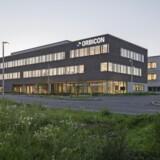 Orbicons nybyggede hovedsæde i Høje-Taastrup er ejet af PensionDanmark og er en af de 20 ejendomme i Danmark, der blev DGNB-certificeret i 2017. Foto: Hampus Berndtson for Dissing+Weitling Architecture