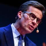 Moderaternas partileder, Ulf Kristersson, er et varmt bud på at blive Sveriges nye statsminister, men forholdet til de fremstormende sverigedemokrater er en tilsvarende varm kartoffel for det borgerlige regeringsalternativ.