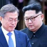Nordkorea og Sydkorea holdt fredag i sidste uge et sjældent topmøde. Inden mødet lovede den nordkoreanske leder, Kim Jong-un, at landet vil afmontere et atomanlæg i Punggye-ri og indstille test af atomvåben og missiler.. (Foto: AFP PHOTO / Korea Summit Press Pool / Korea Summit Press Pool)