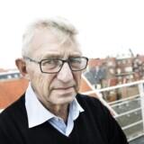 Det var »en dum fejl«, at tidl. folketingsmedlem Søren Krarup (DF) i går kaldte den kommende franske præsident for en »lille bøssedreng«, fortæller han.