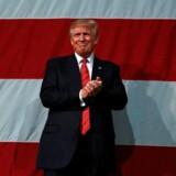 Donald Trump i Crown Arena i Fayetteville, North Carolina.